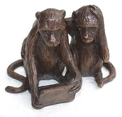 Lucy Bucknall nz bronze sculptures, monkeys hanging around