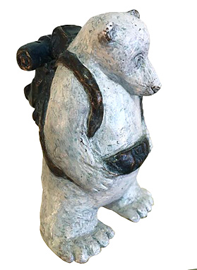 Lucy Bucknall nz bronze sculptures, polar bear